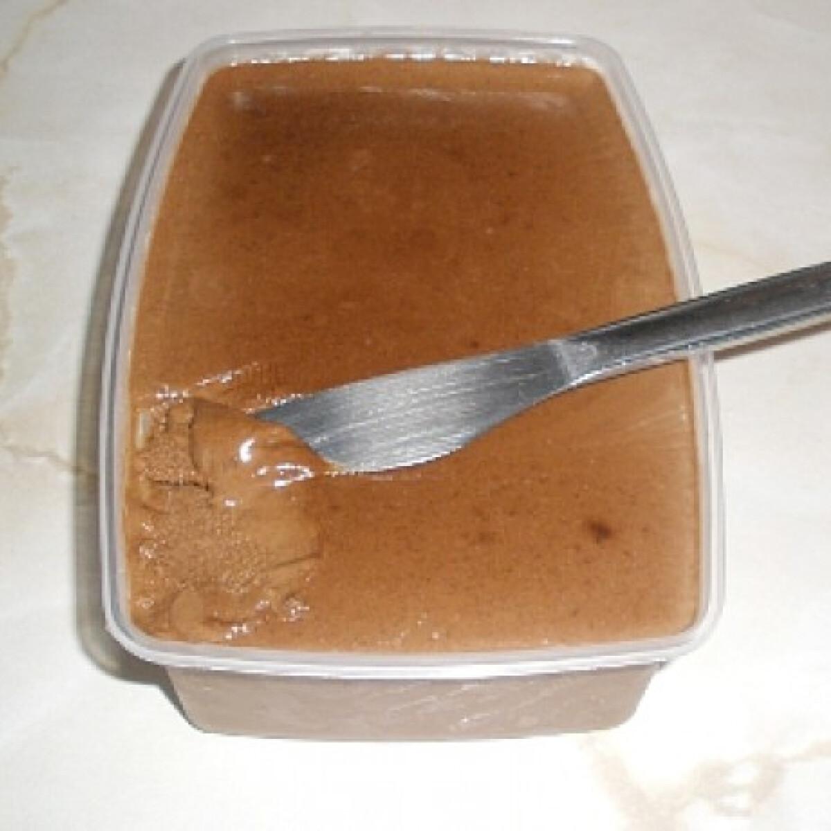 Ezen a képen: Legegyszerűbb paleo nutella