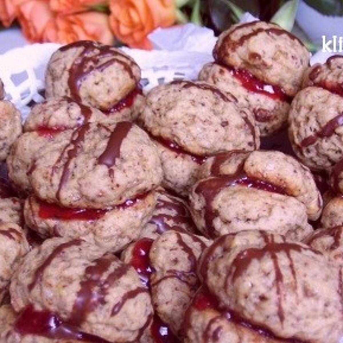 Ezen a képen: Csokis - barna cukros keksz