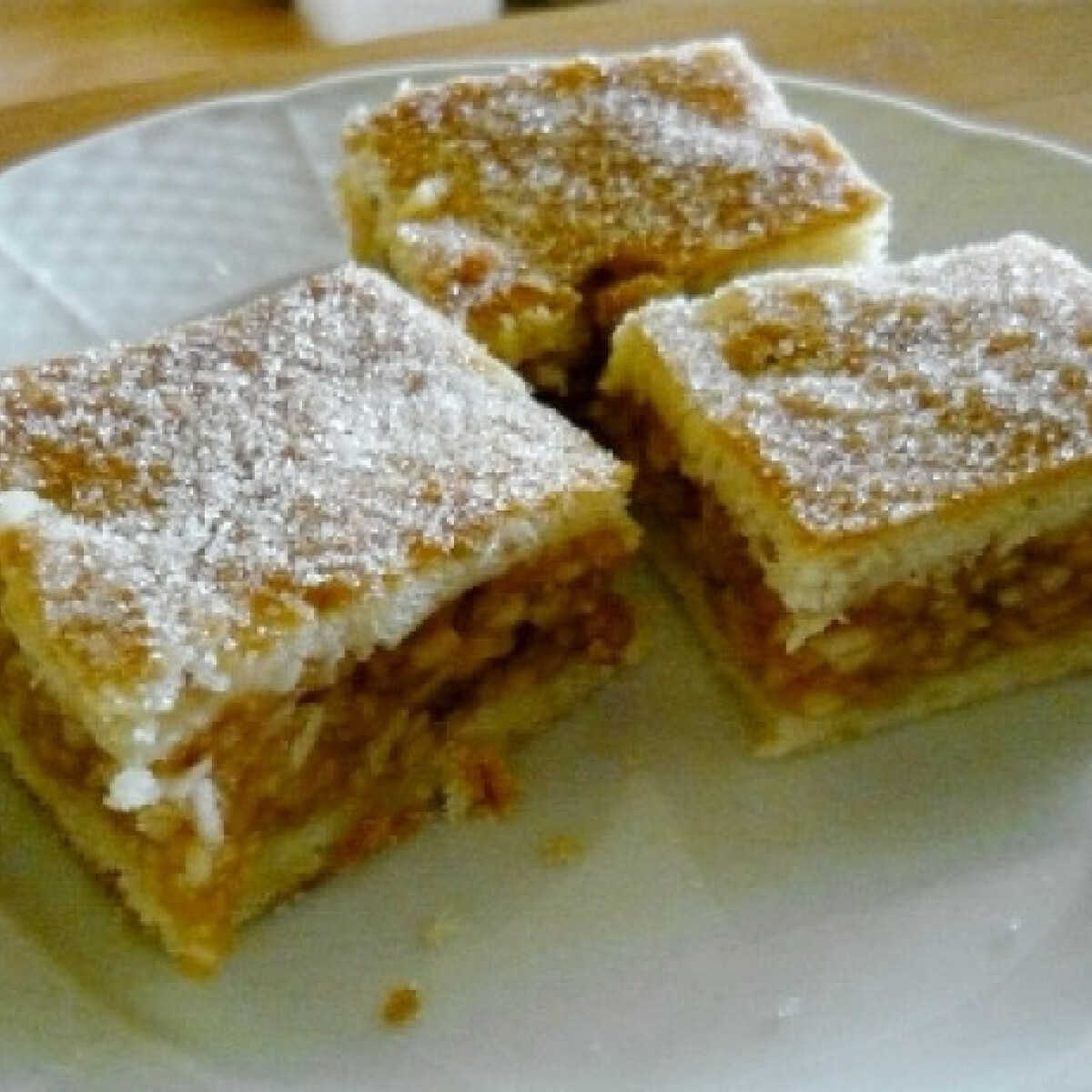 Ezen a képen: Falusi almás pite