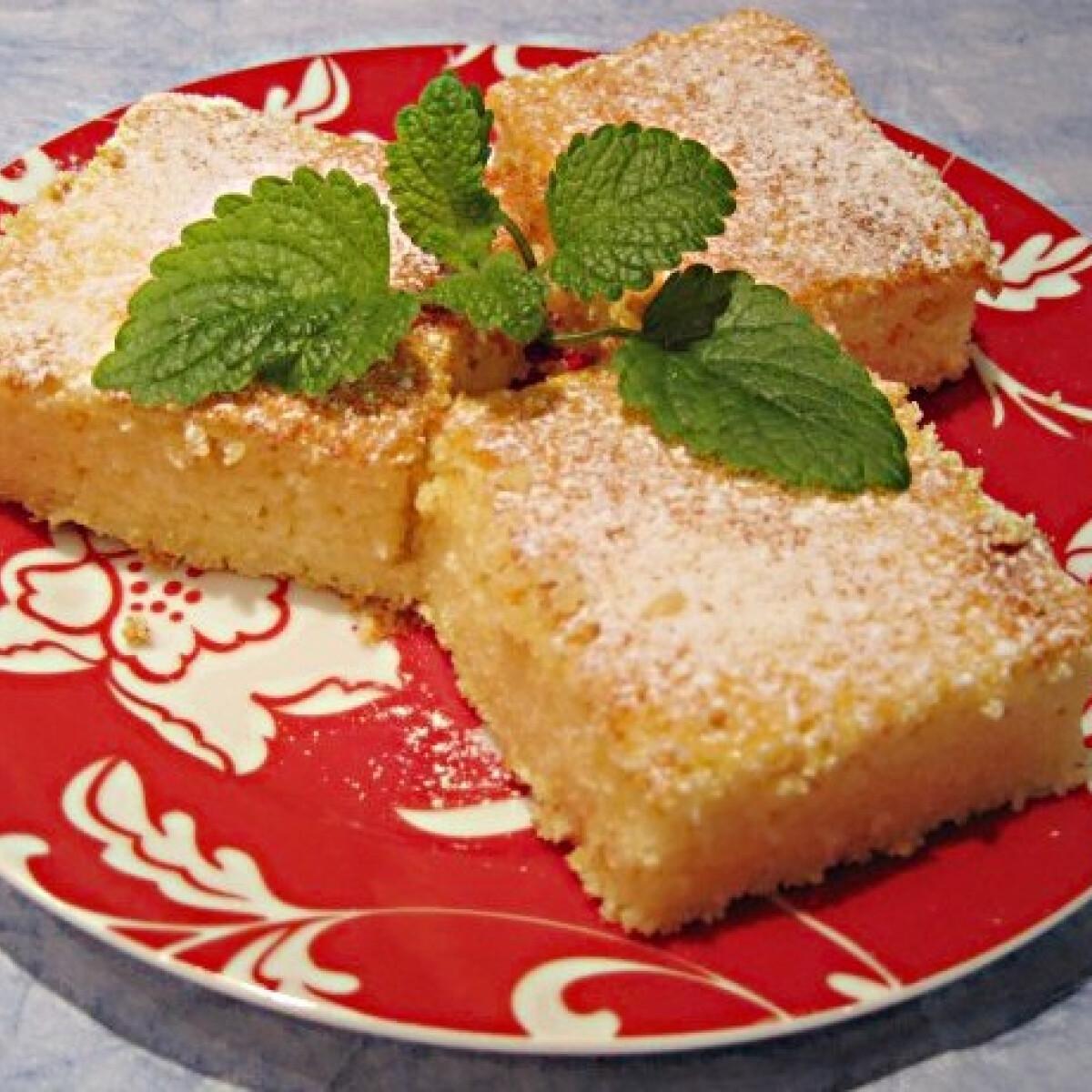 Ezen a képen: Darás túrós süti