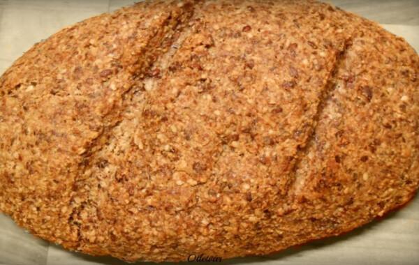Tojásmentes paleo kenyér