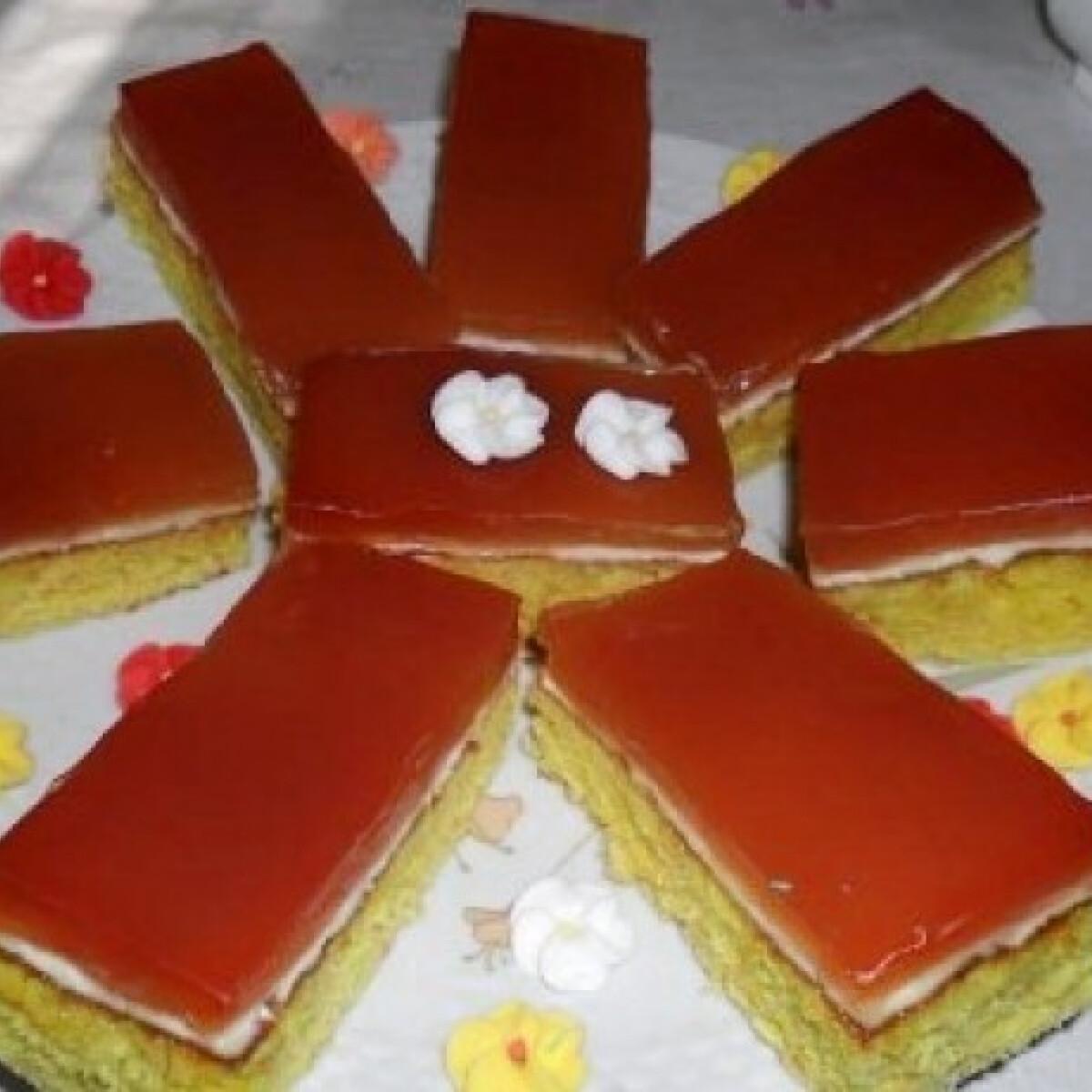 Ezen a képen: Boleró szelet ahogy Csilla süti