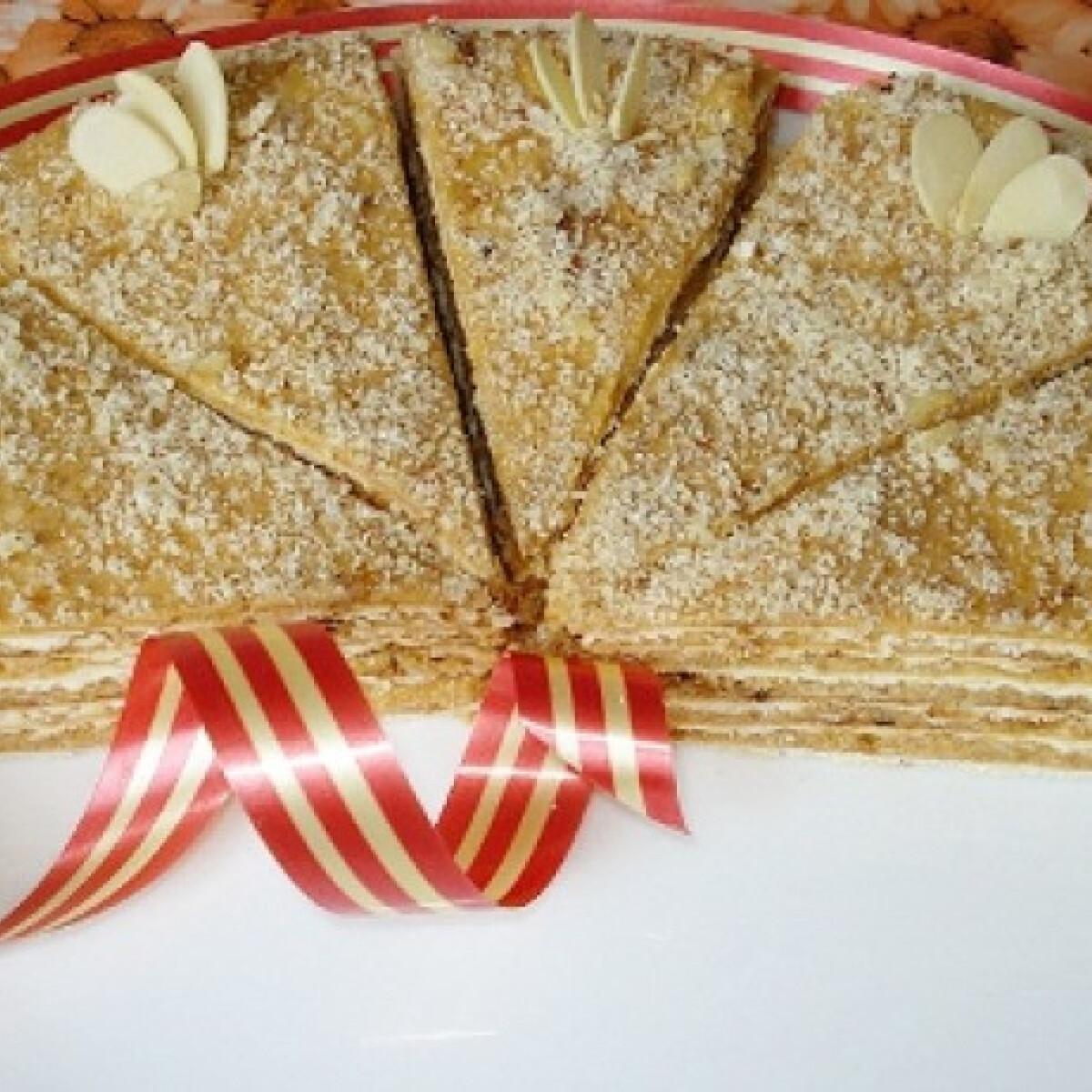 Ezen a képen: Serpenyős torta