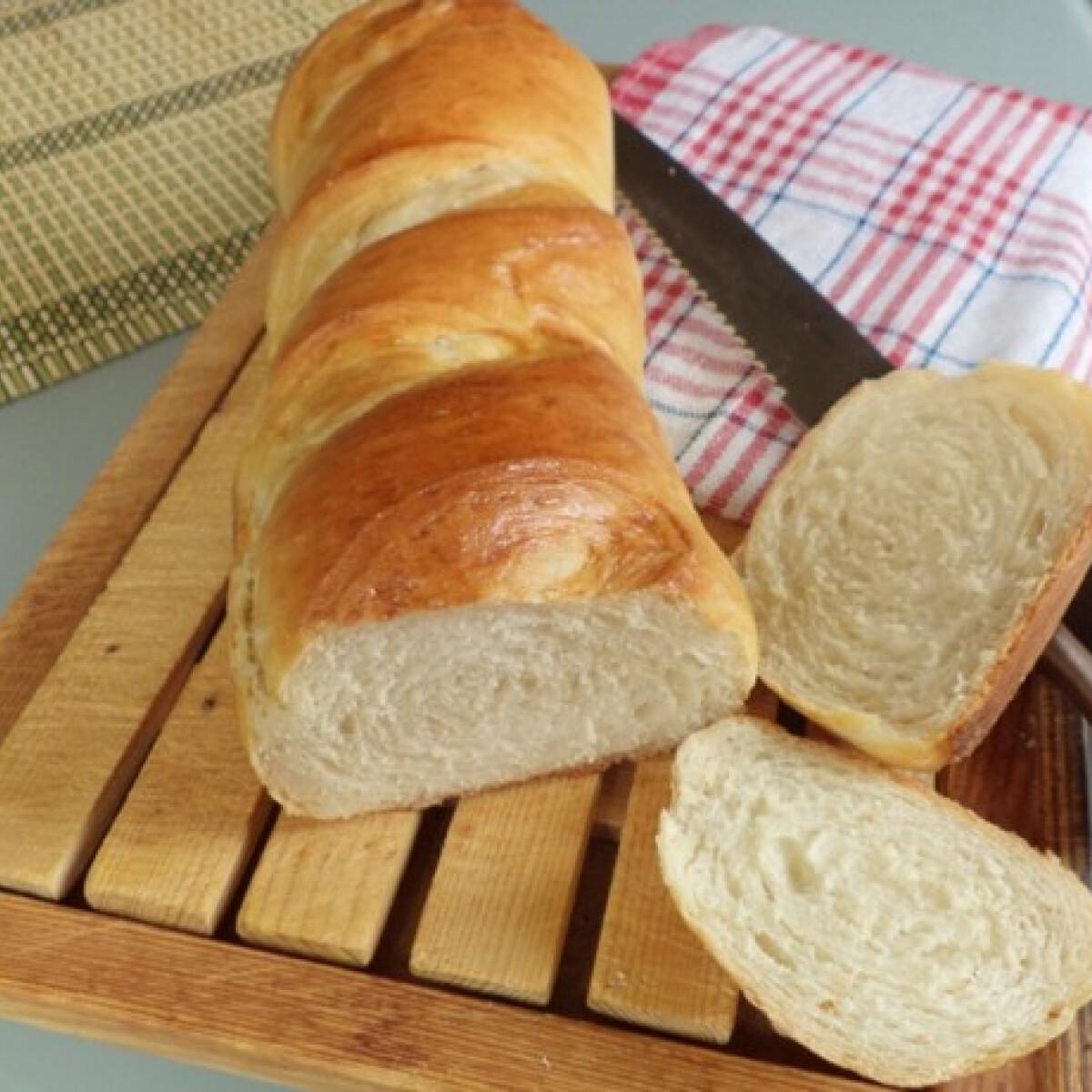 Ezen a képen: Bagett kenyér