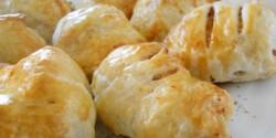 Göngyölt csirkemell leveles tésztában