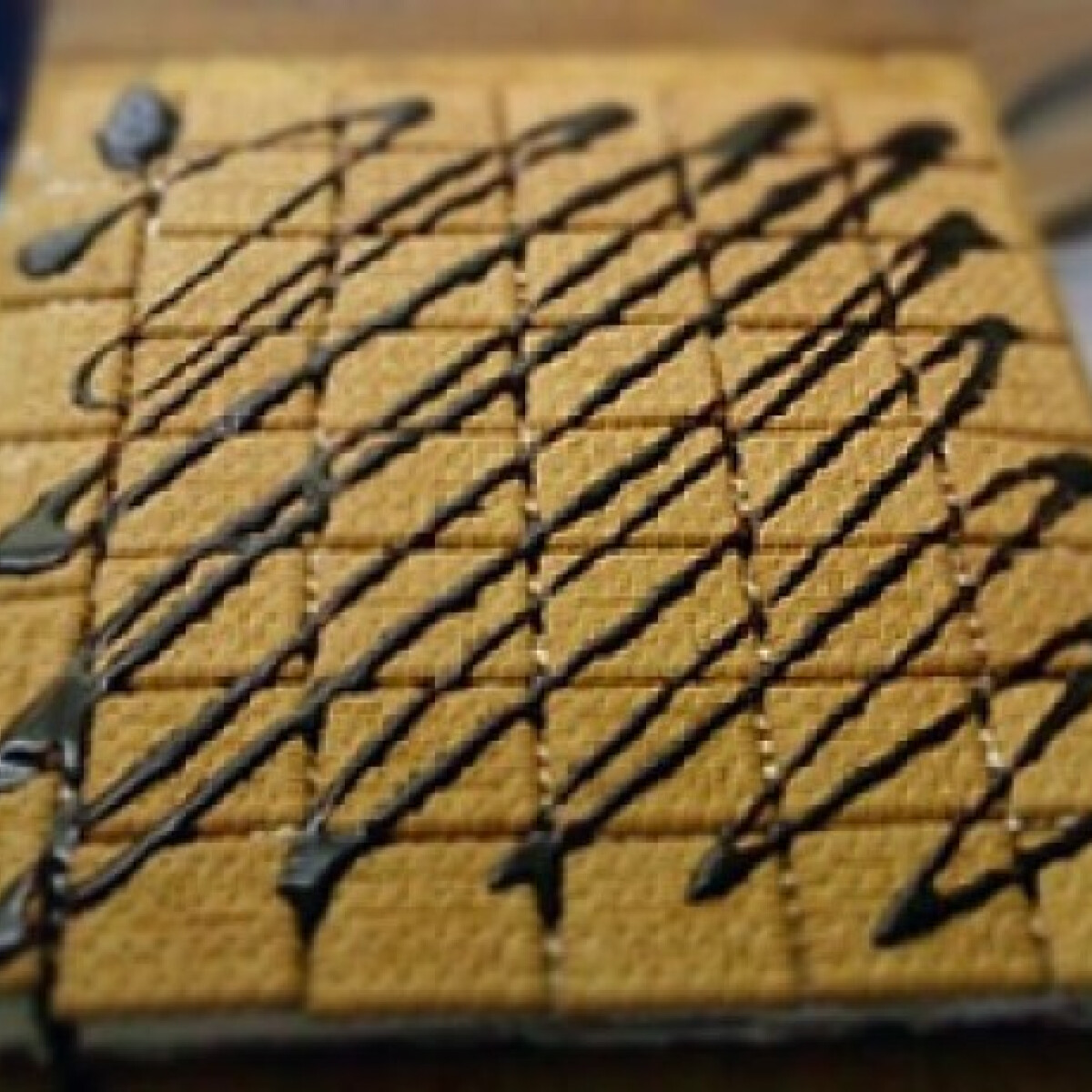 Ezen a képen: Kekszes-mogyorós szelet