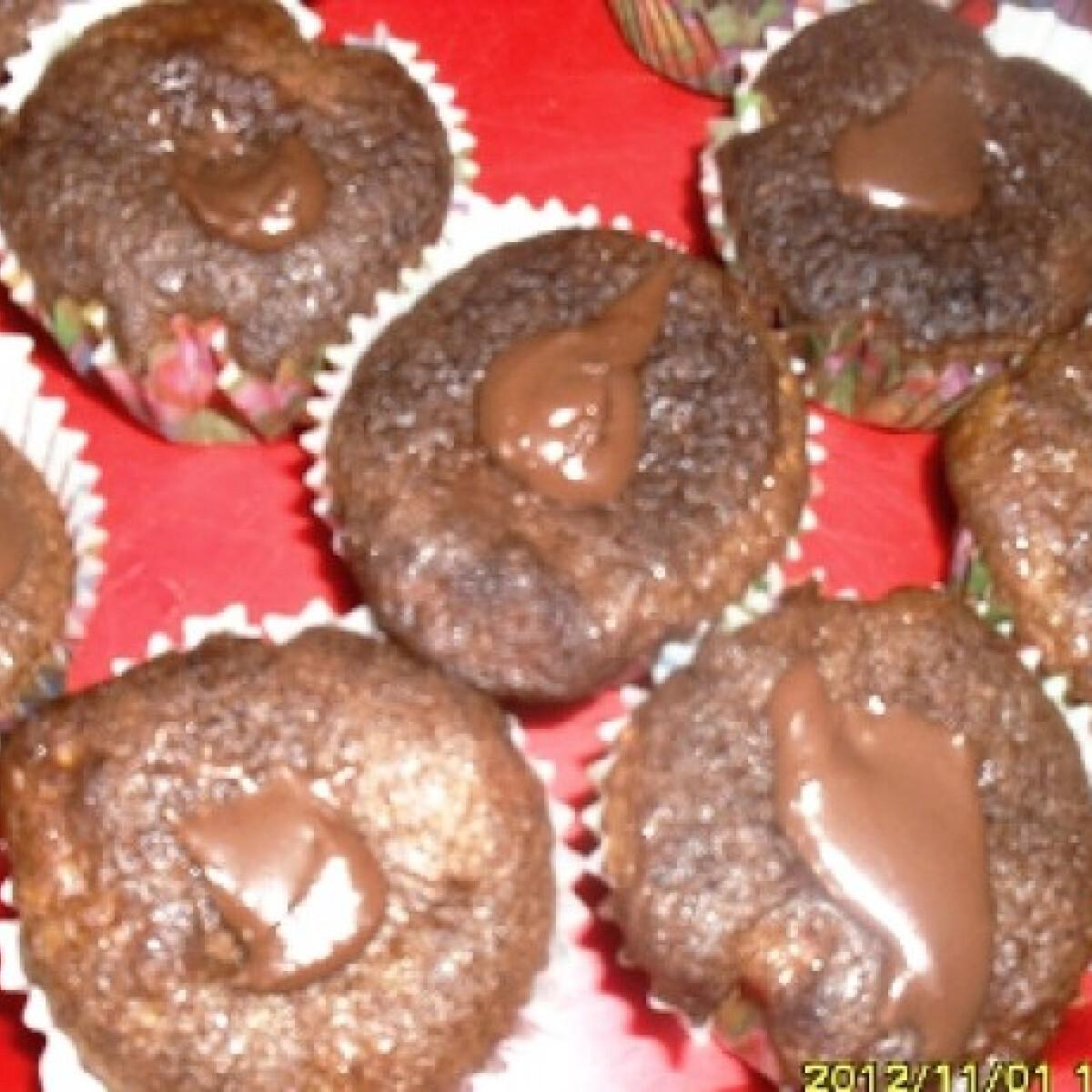 Ezen a képen: Zabpelyhes-puncsos-kakaós muffin