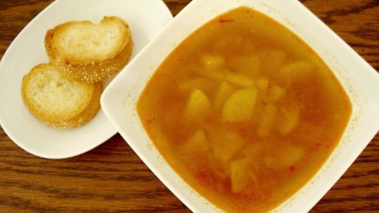 Halkrumpli leves pirított kiflikarikával