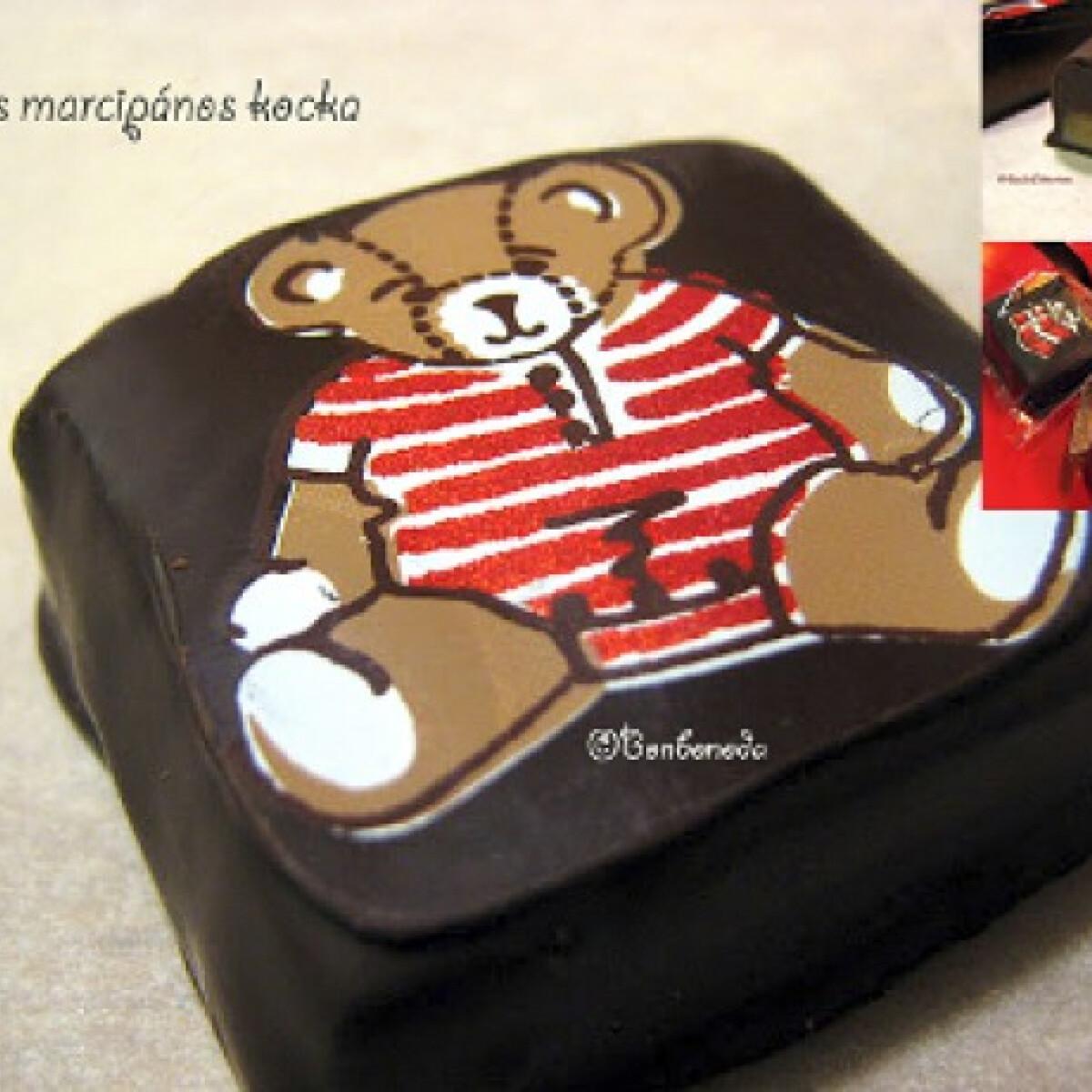 Ezen a képen: Baileys-es marcipános praliné kocka