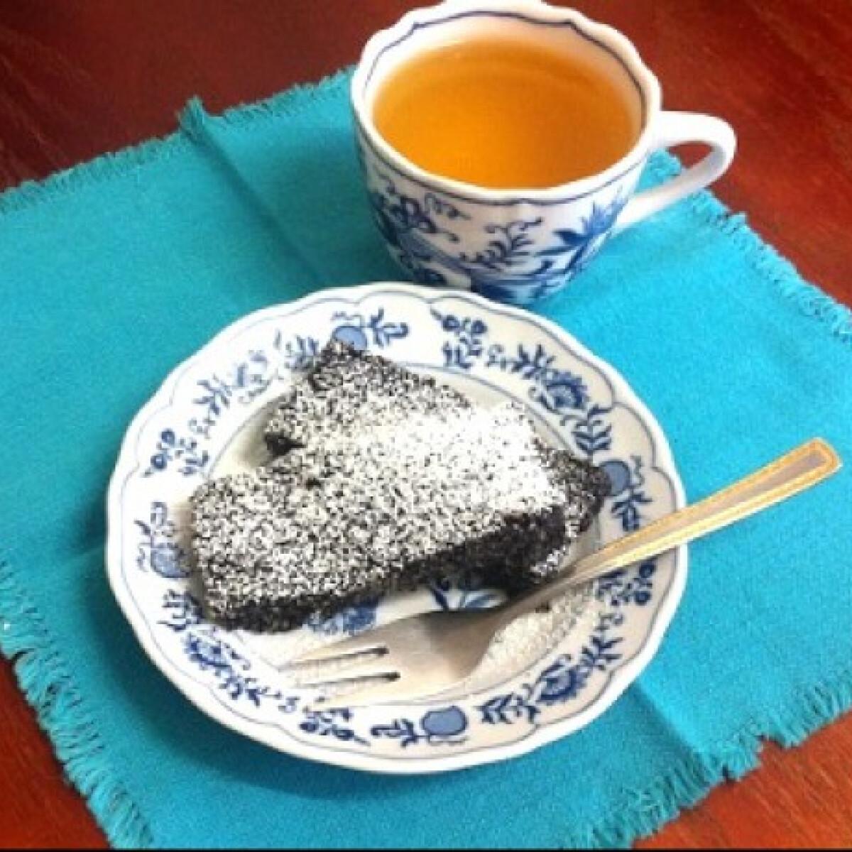 Ezen a képen: Villámgyors mákos szelet sütés nélkül