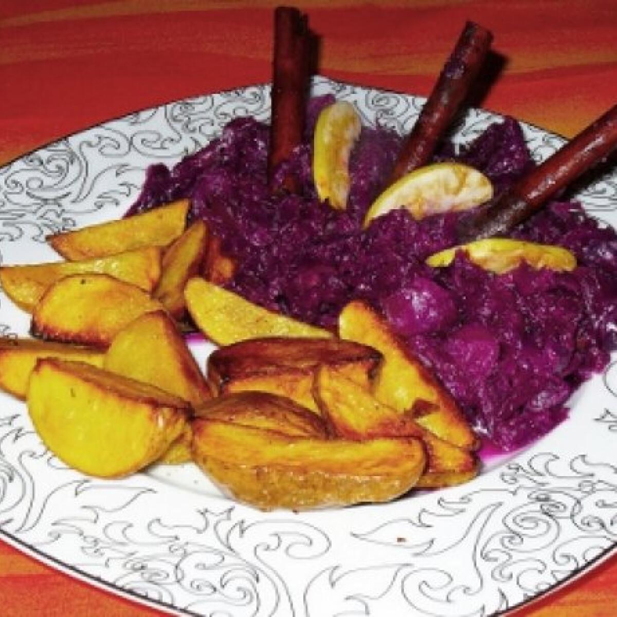Ezen a képen: Narancsos lilakáposzta serpenyős krumplival