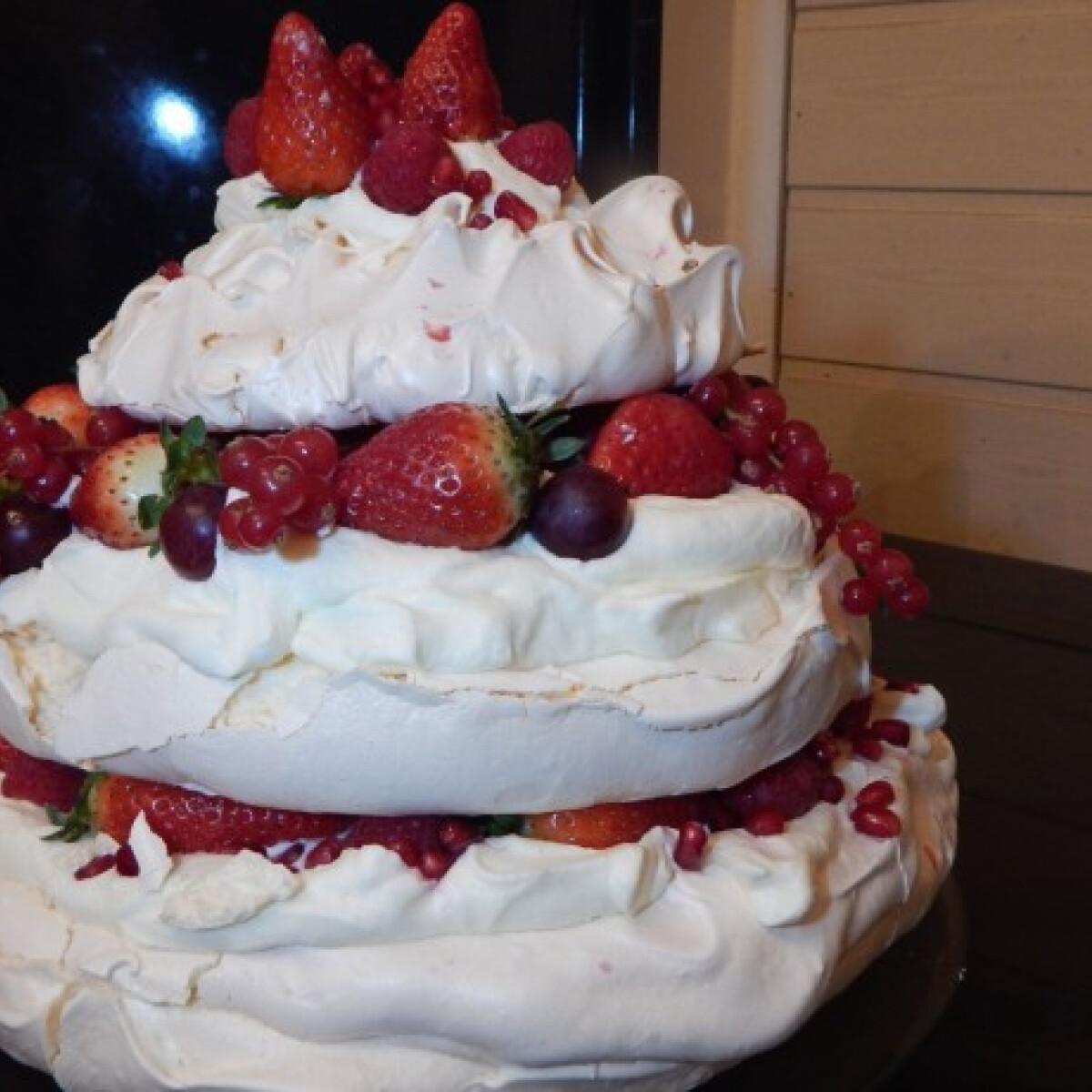 Ezen a képen: Pavlova torta Gluténmentes Séftől