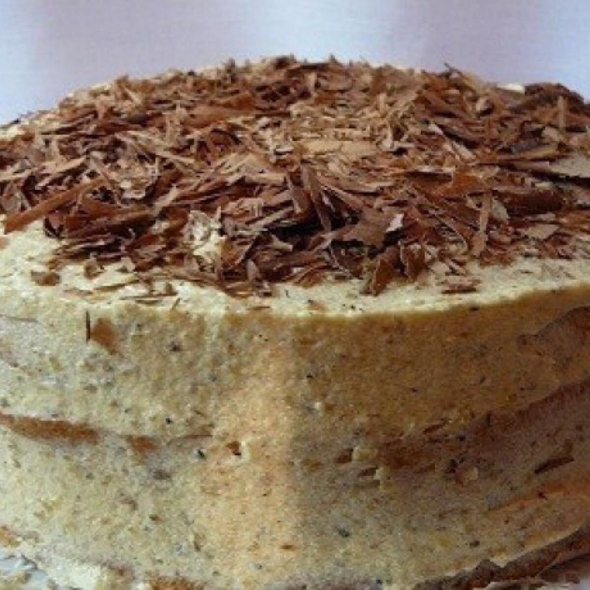 Ezen a képen: Nagyon-nagyon diós torta
