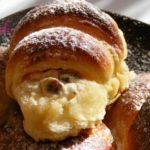 Túrós croissant 4.
