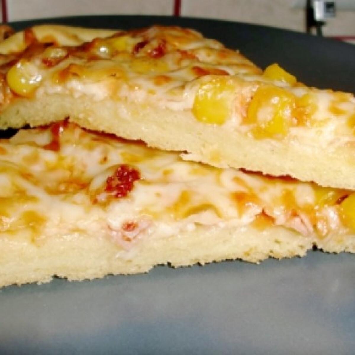 Ezen a képen: Kukoricalisztes pizza