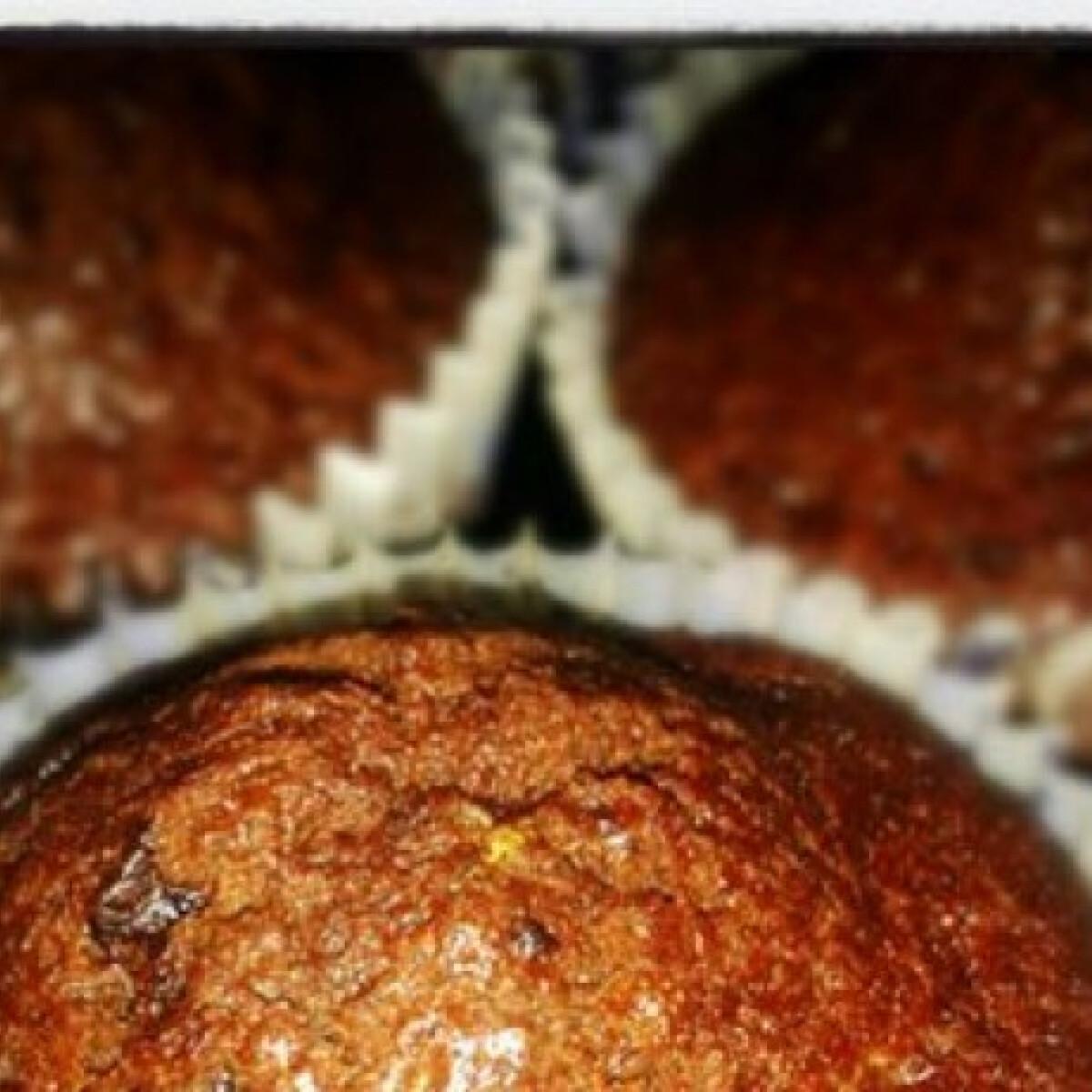 Ezen a képen: Duplacsokis narancsos muffin
