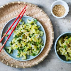 Kínai ropogós zellersaláta