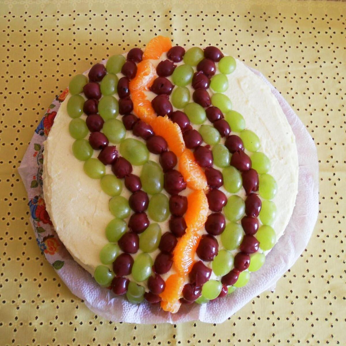 Ezen a képen: Vaníliakrémes-diós torta