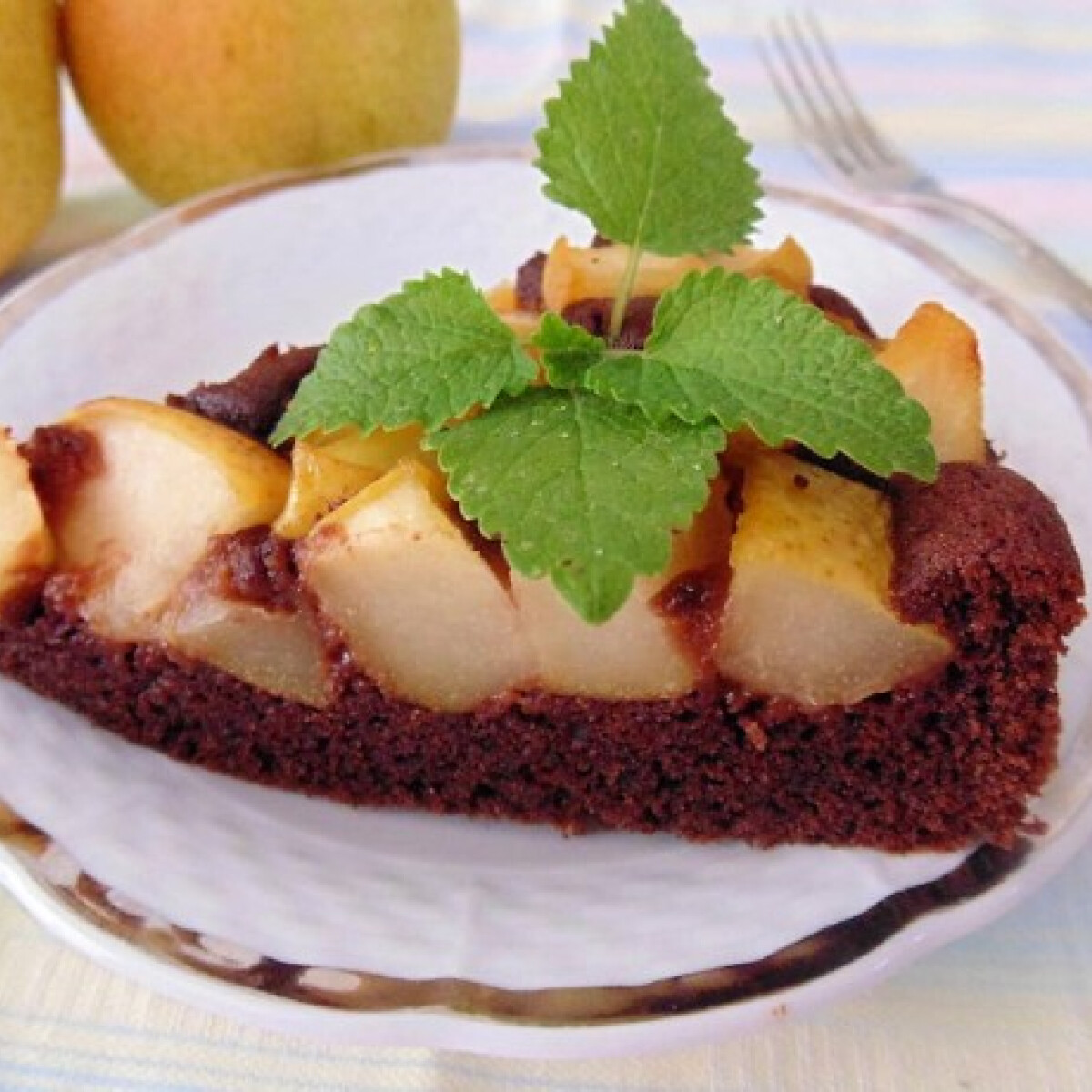 Ezen a képen: Csokis körtetorta Lizinka konyhájából