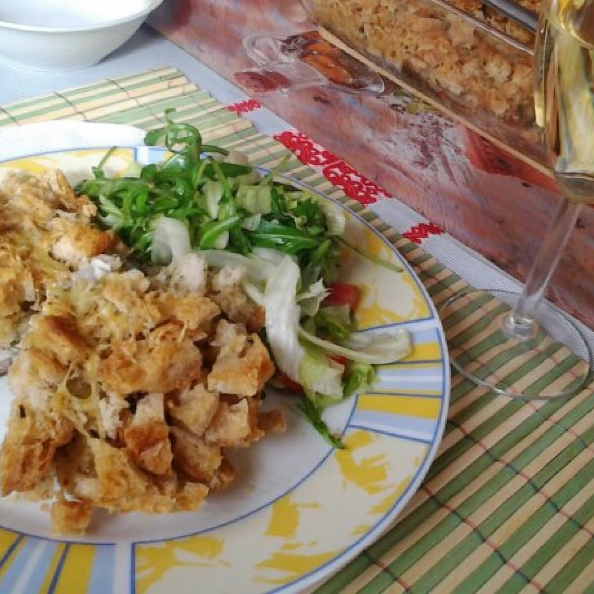 Ezen a képen: Csőben sült amur salátával