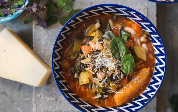 Klasszikus minestrone leves