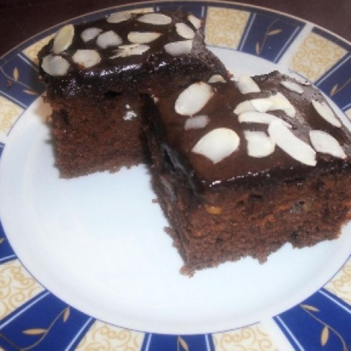 Ezen a képen: Mandulás csokoládékocka
