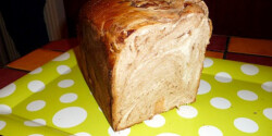Csíkos kalács kenyérsütőgépben