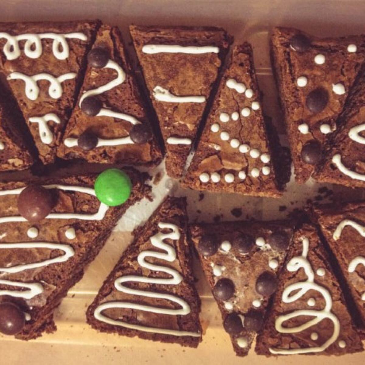 Ezen a képen: Az igazi brownie