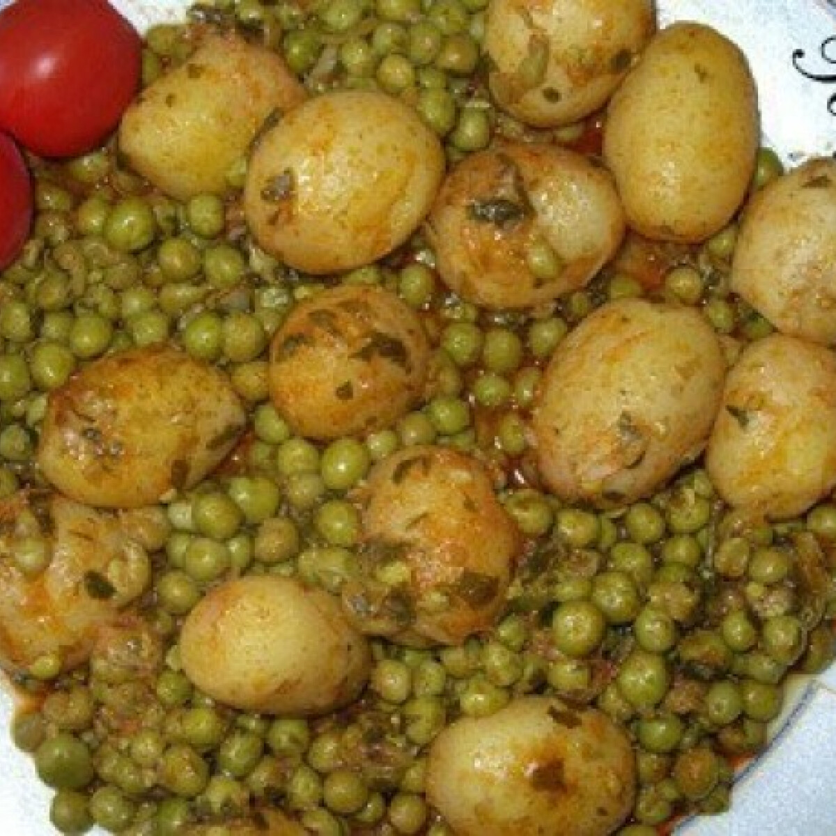 Ezen a képen: Zöldborsós újkrumpli