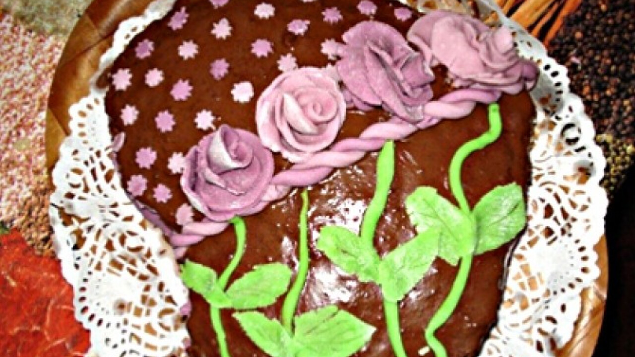 Tiramisu ízű krémmel töltött brownie torta