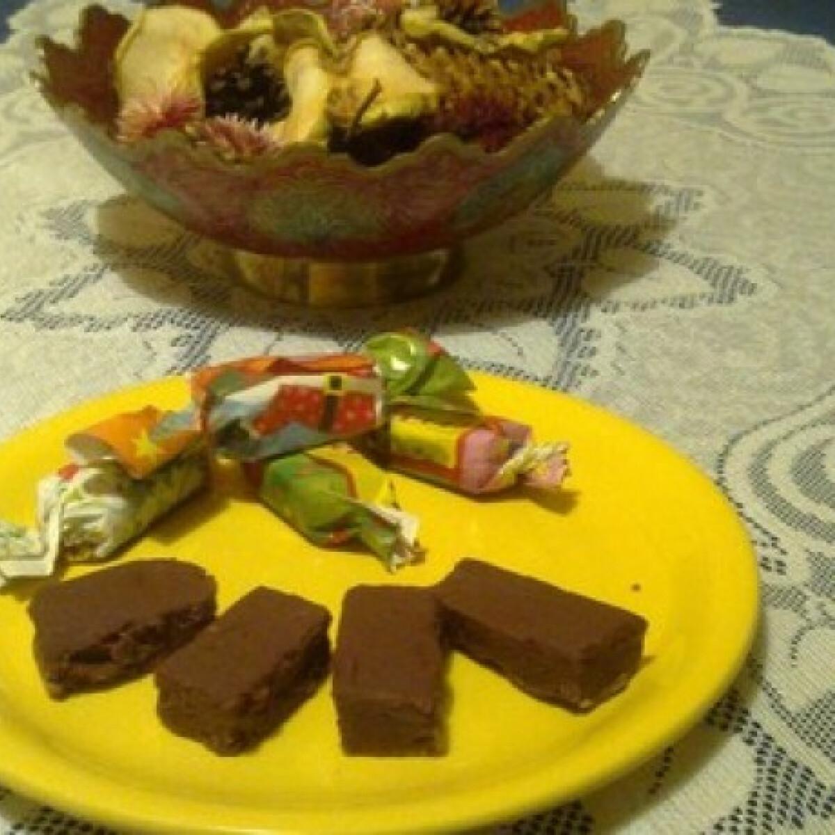 Ezen a képen: Karamell bonbon