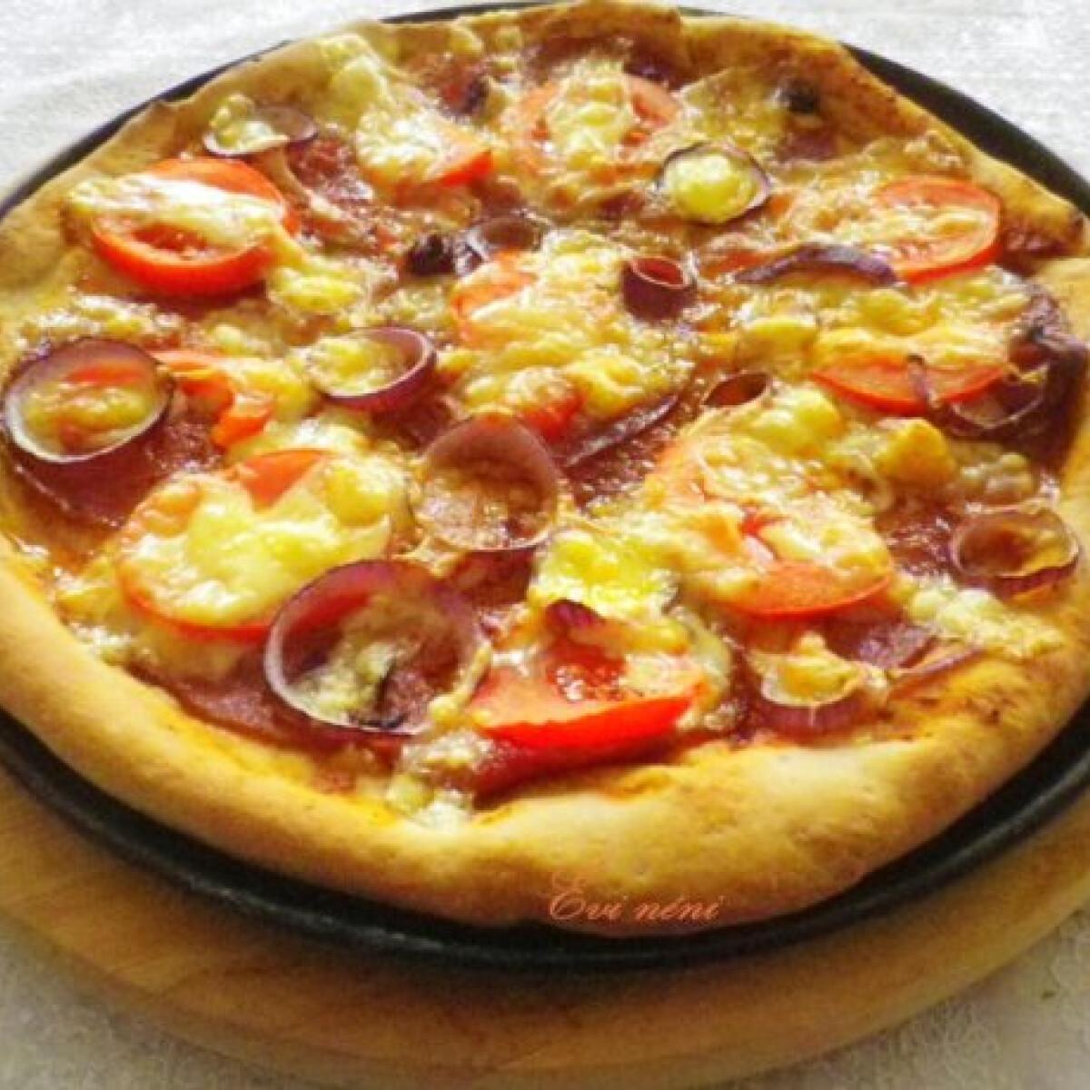 Ezen a képen: Rozsos pizza