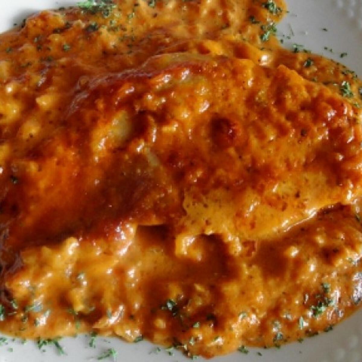 Ezen a képen: Paradicsomos-gorgonzolás sertésszelet