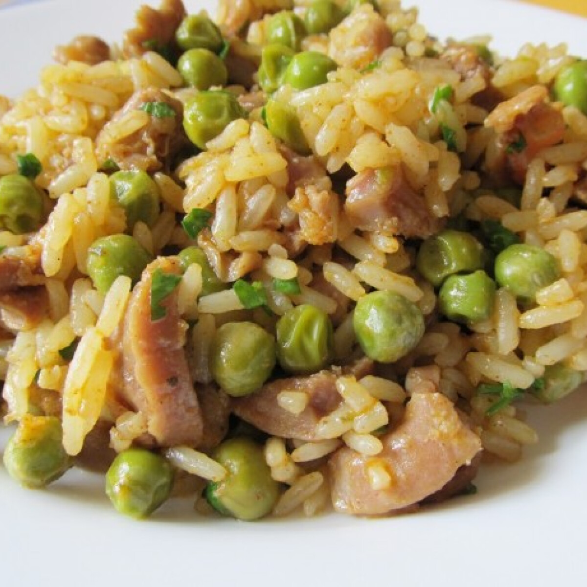 Ezen a képen: Csirkezúzás rizi-bizi