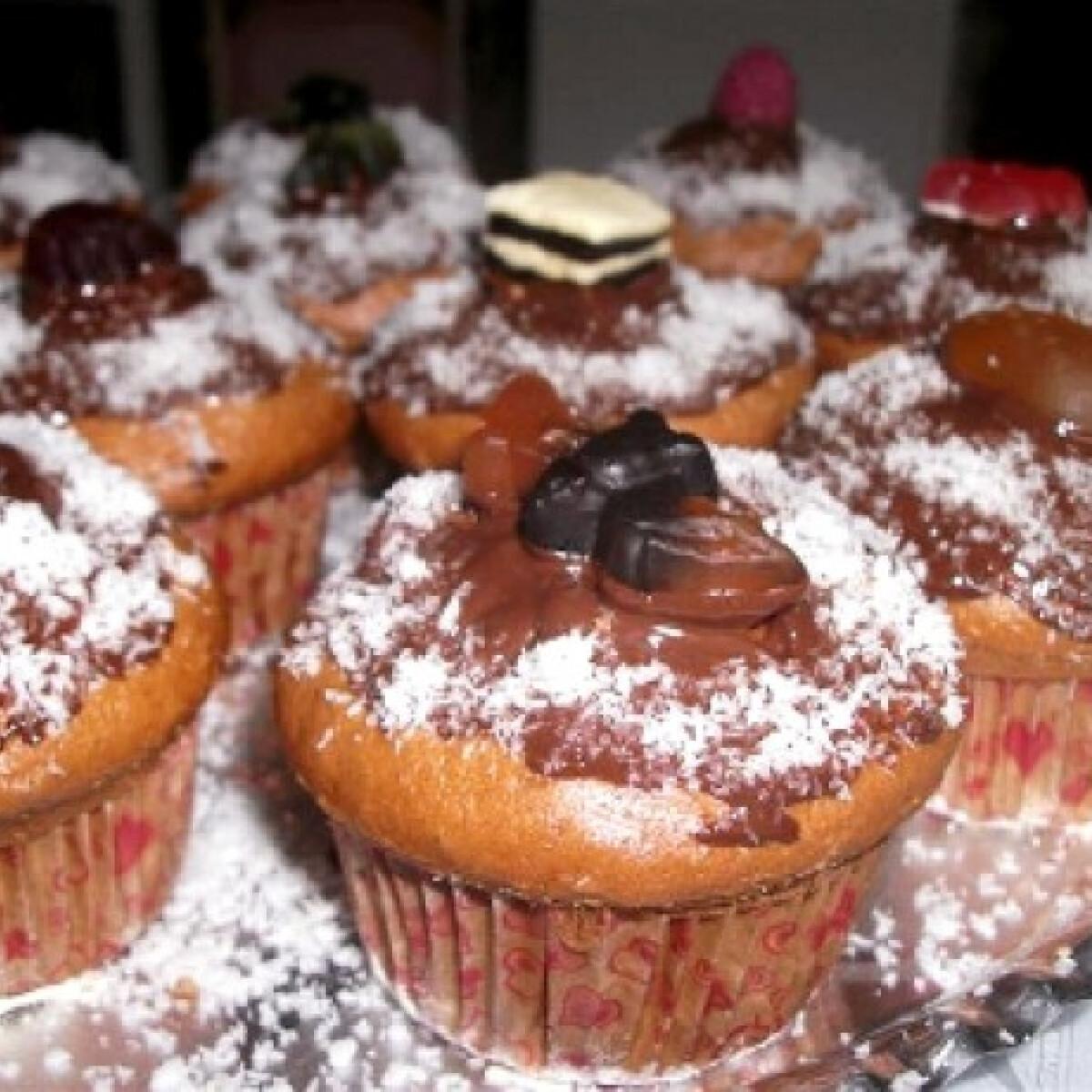 Ezen a képen: Csokis muffin Habcsók Mézi konyhájából