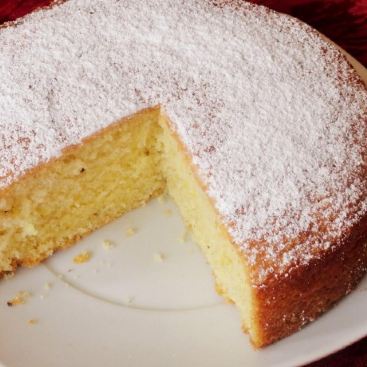 Ezen a képen: Citromos sütemény Glasertől