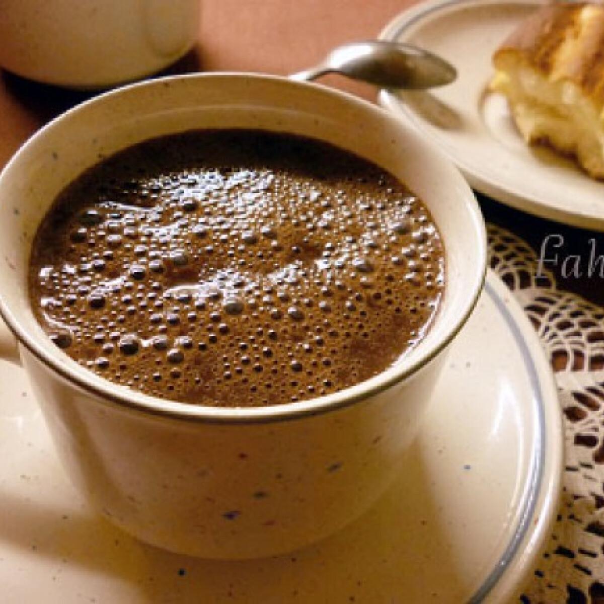 Ezen a képen: Hétköznapi forró csoki