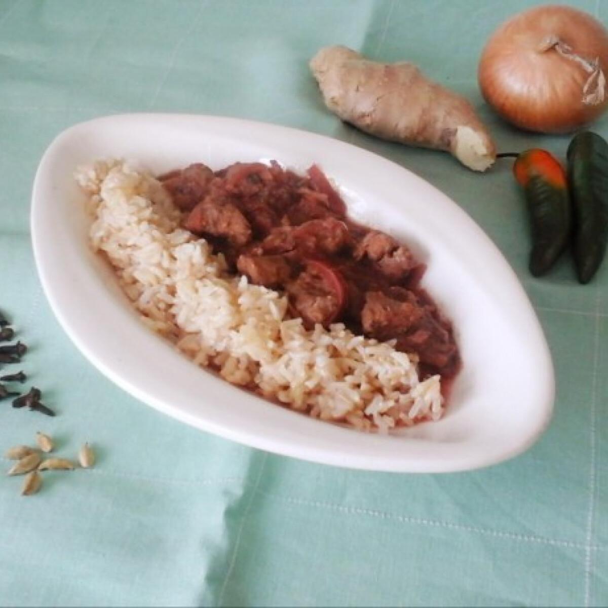 Ezen a képen: Céklás bárány curry