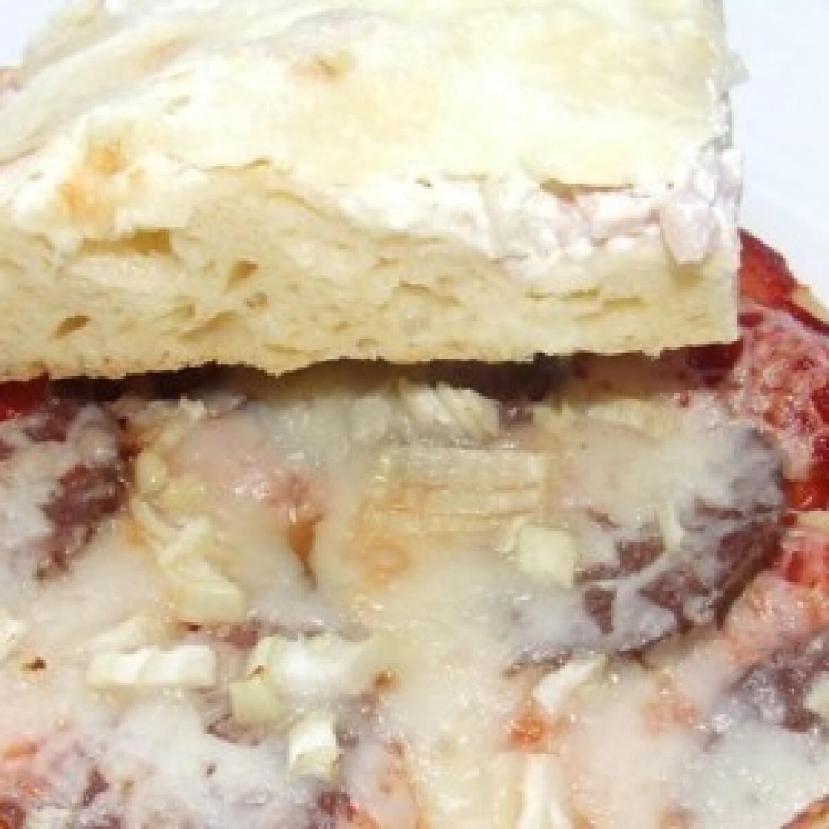 Ezen a képen: Pizzatésza 6. - tejjel, tojással
