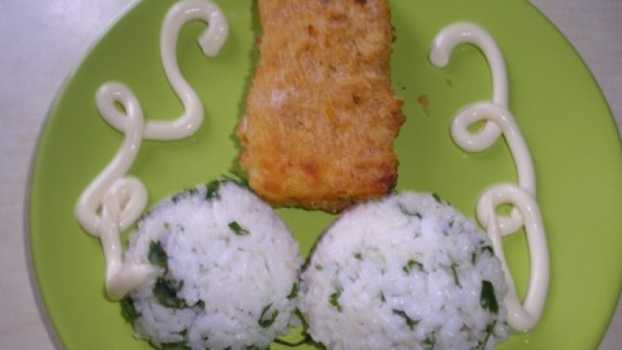 Tőkehalfilé fűszeres panírban sütve