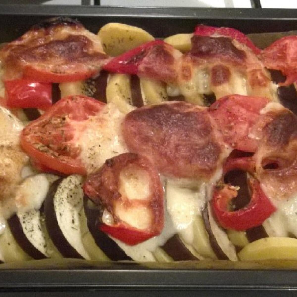 Ezen a képen: Fűszeres sült zöldségek SzundLex konyhájából