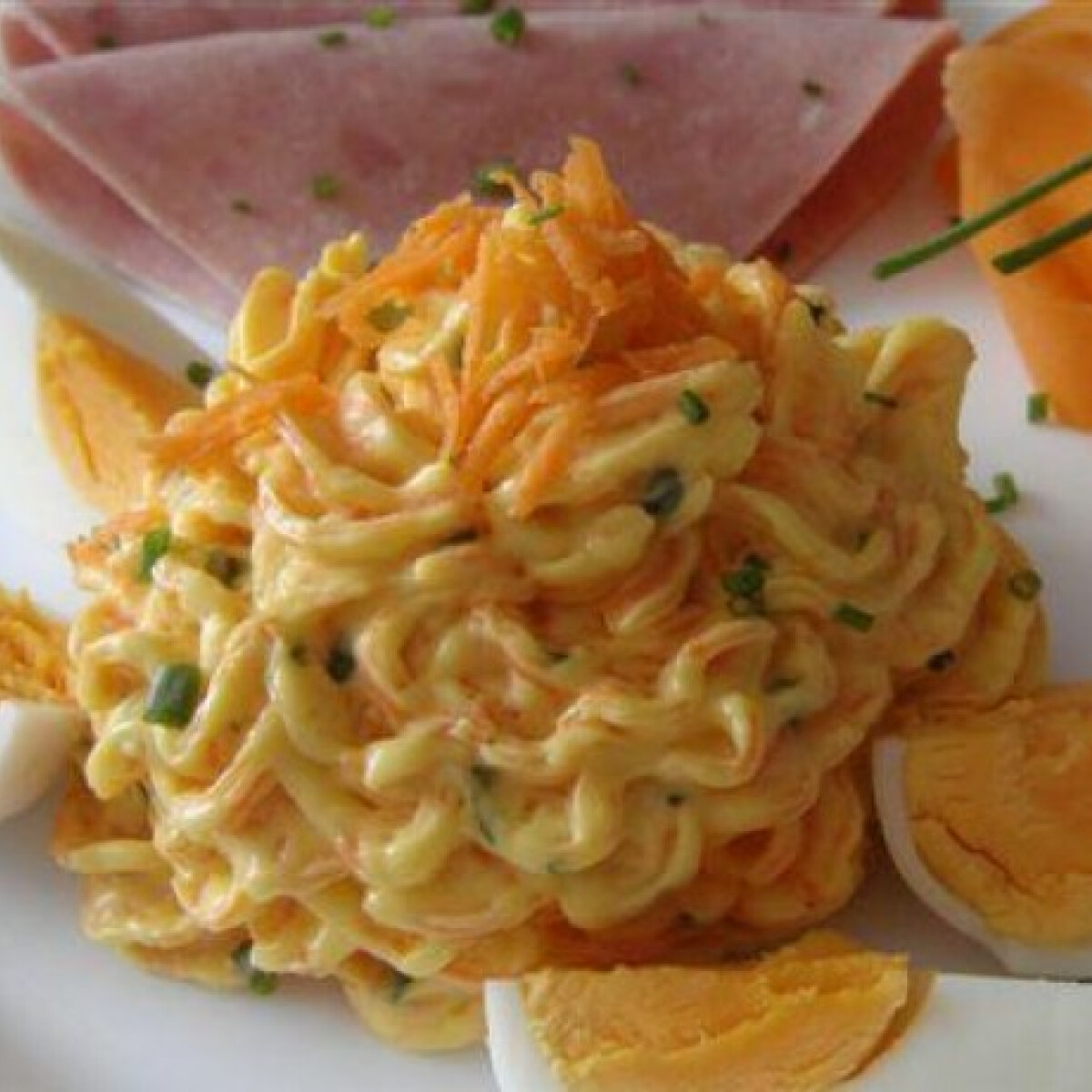 Ezen a képen: Sárgarépás sajtkrém