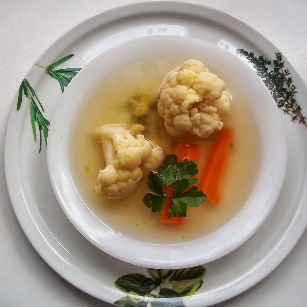 Ezen a képen: Karfiolleves Hobbychef konyhájából