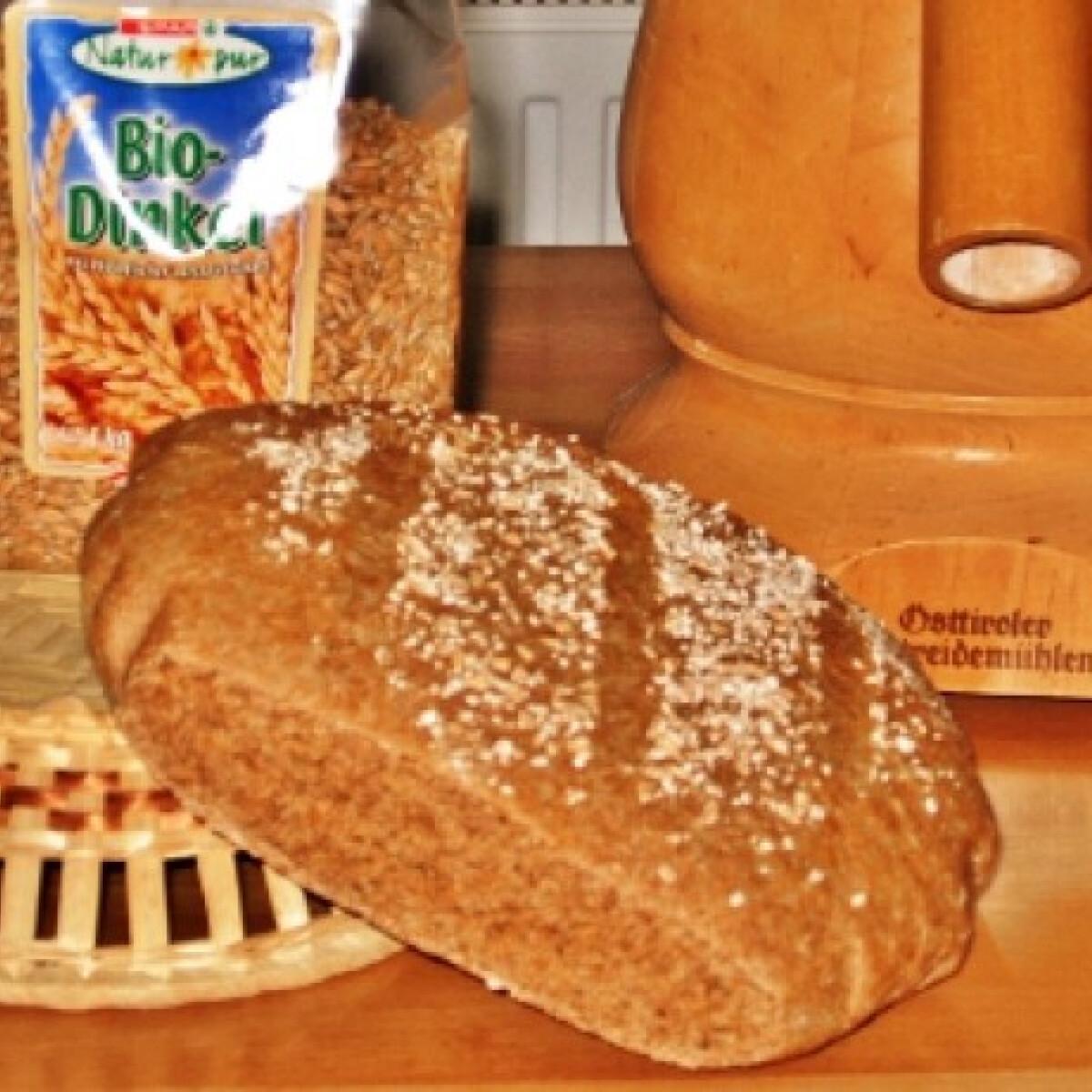 Ezen a képen: Tönkölybúzakenyér szteri konyhájából