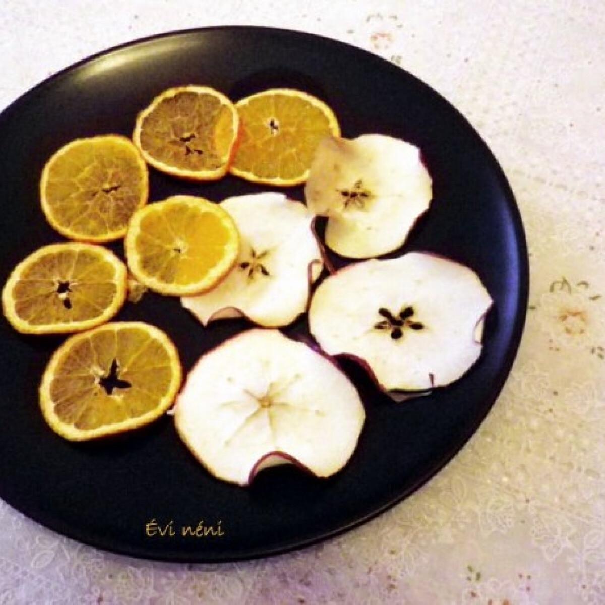 Ezen a képen: Gyümölcs chips