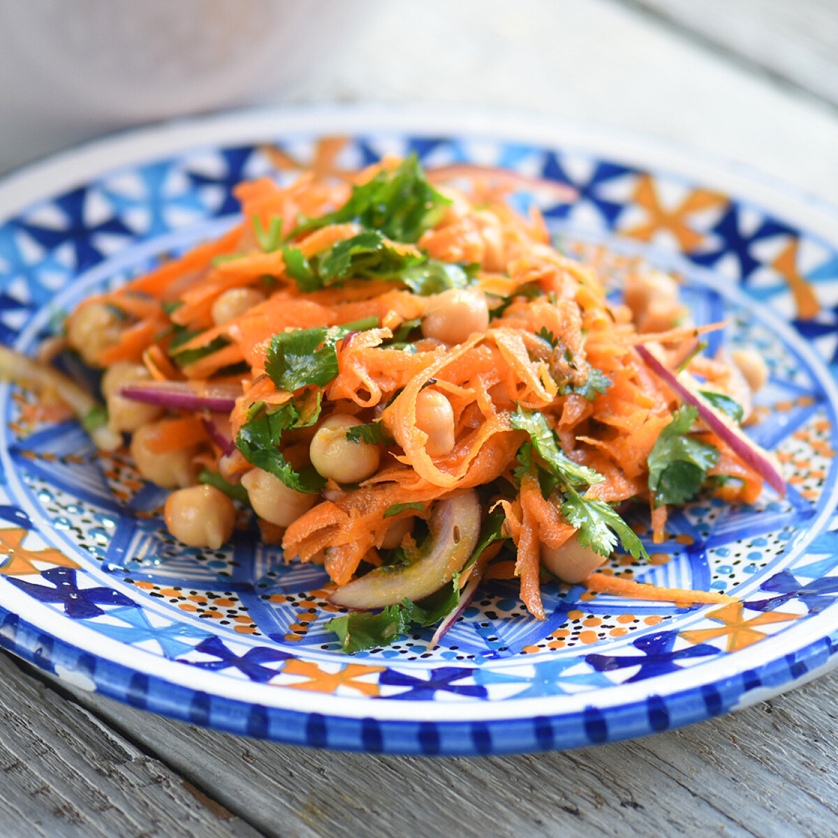 Ezen a képen: Marokkói sárgarépa-saláta