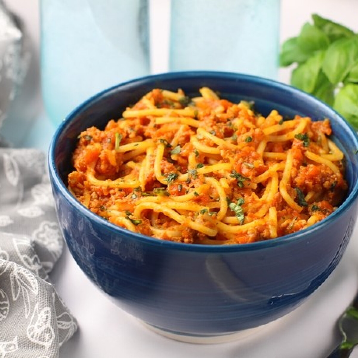 Ezen a képen: Bolognai spagetti egyszerűen és gyorsan