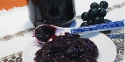 Birslekvár feketeszőlővel