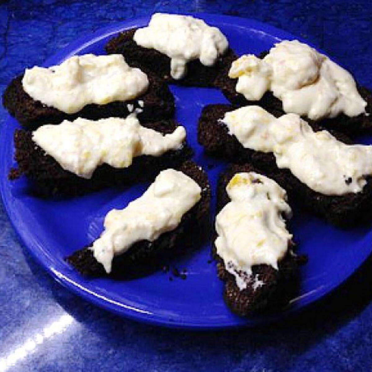 Ezen a képen: Diétás csokis narancskrémes süti