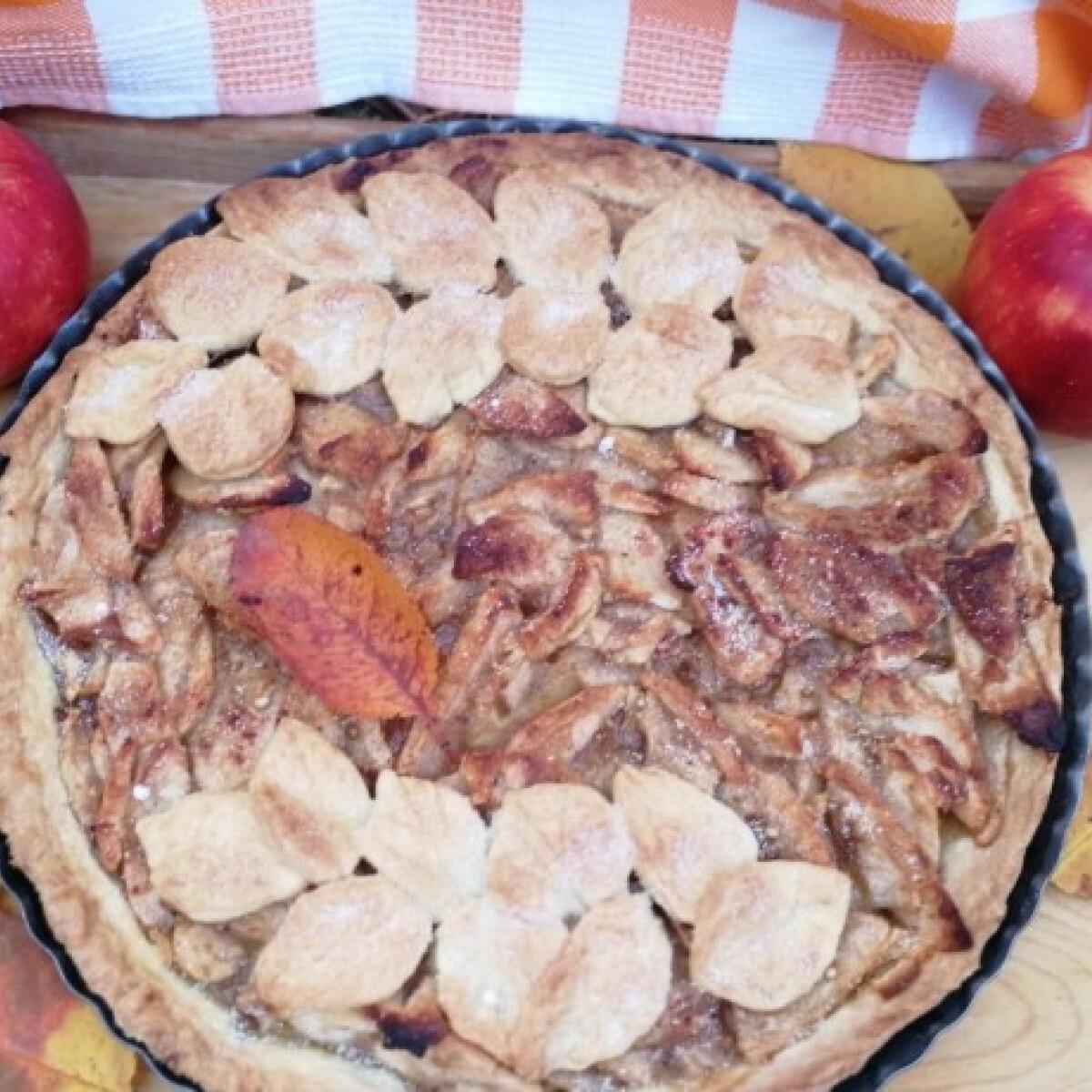 Ezen a képen: Őszi almás pite